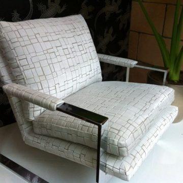 Stoel gestoffeerd door meubelstoffeerderij Links & Co.