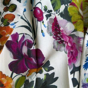 Designers Guild gordijnstof met bloemmotief